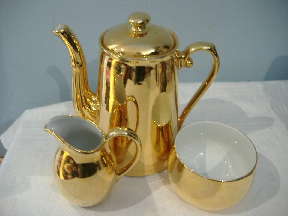 ROYAL WORCESTER GOLD LUSTRE LARGE COFFEE POT SUGAR BOWL AND JUG