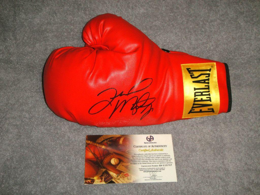 Floyd MAYWEATHER Jr Signed Everlast Boxing Glove GAI