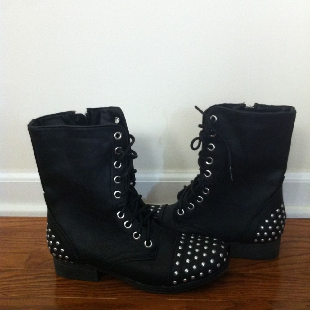 Madden Girl Steve Madden Black Combat Lace Up Stud Military Boots 5 5