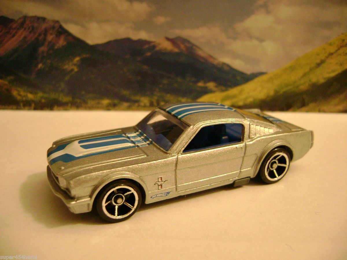 65 FORD MUSTANG FASTBACK 2010 HOT WHEELS FASTER THAN EVER SERIES