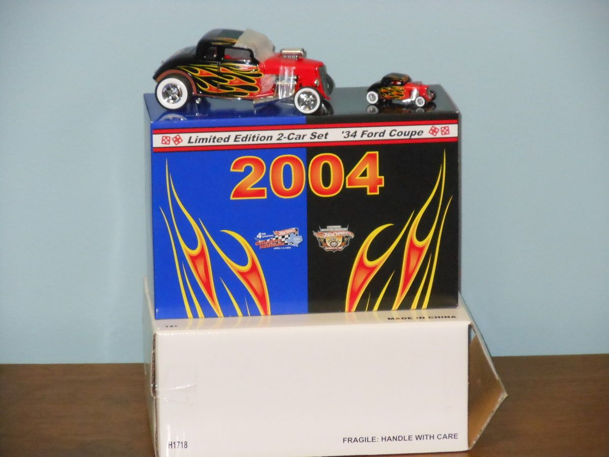 18th Scale Hot Wheels 18th Convention 34 Ford Hot Rod Two Pack