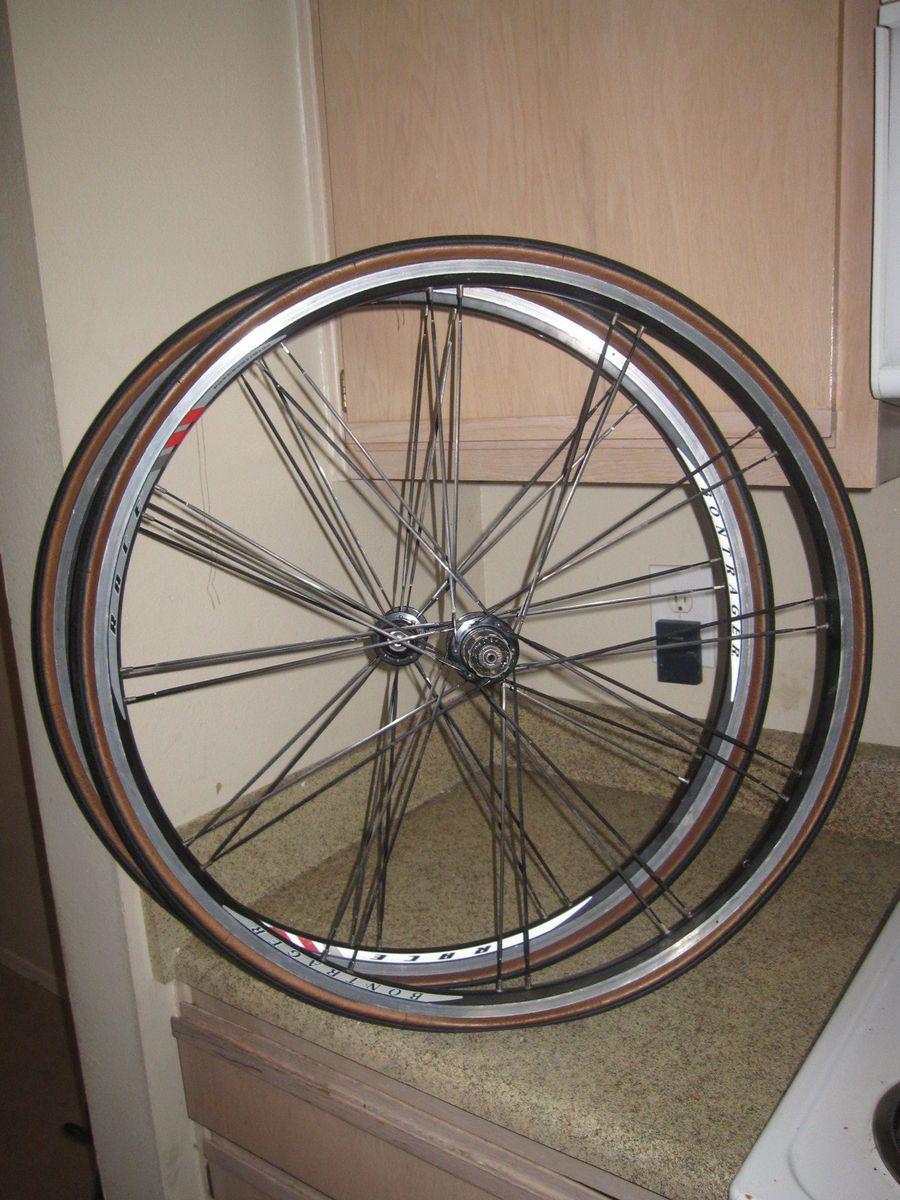 Bontrager Race Bike Bicycle Wheels Set Rims 700c