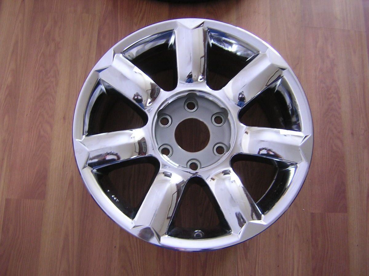 Infiniti QX56 18 Factory Chrome Alloy Wheel Rim 73679