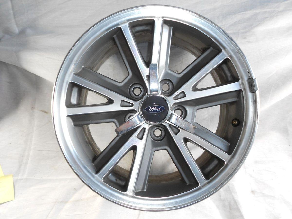 05 09 Ford Mustang Spoke Alloy Wheel Rim 16x7 w Center Cap Pony 2 4R33